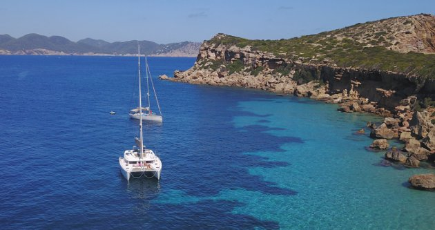 excursion Ibiza y Formentera con Goa Catamaran
