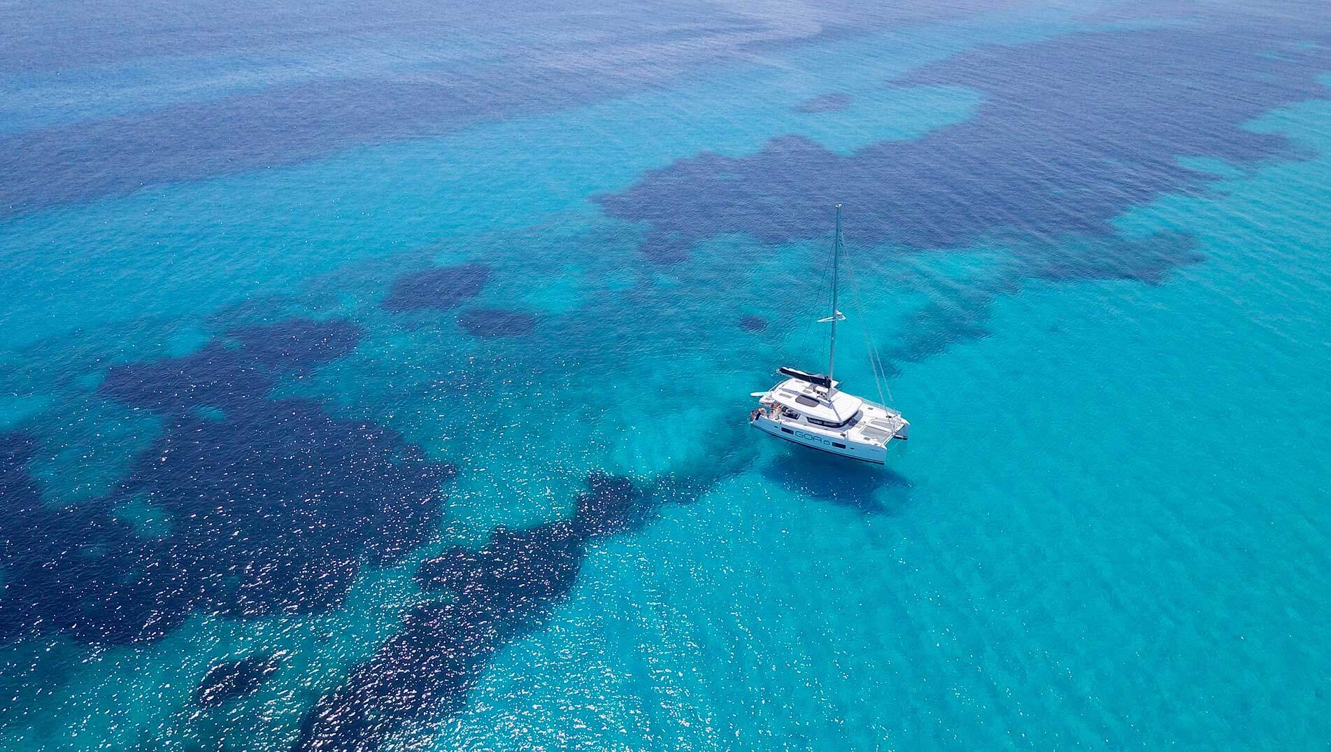 The pleasure of sailing the waters of Ibiza in wintertime